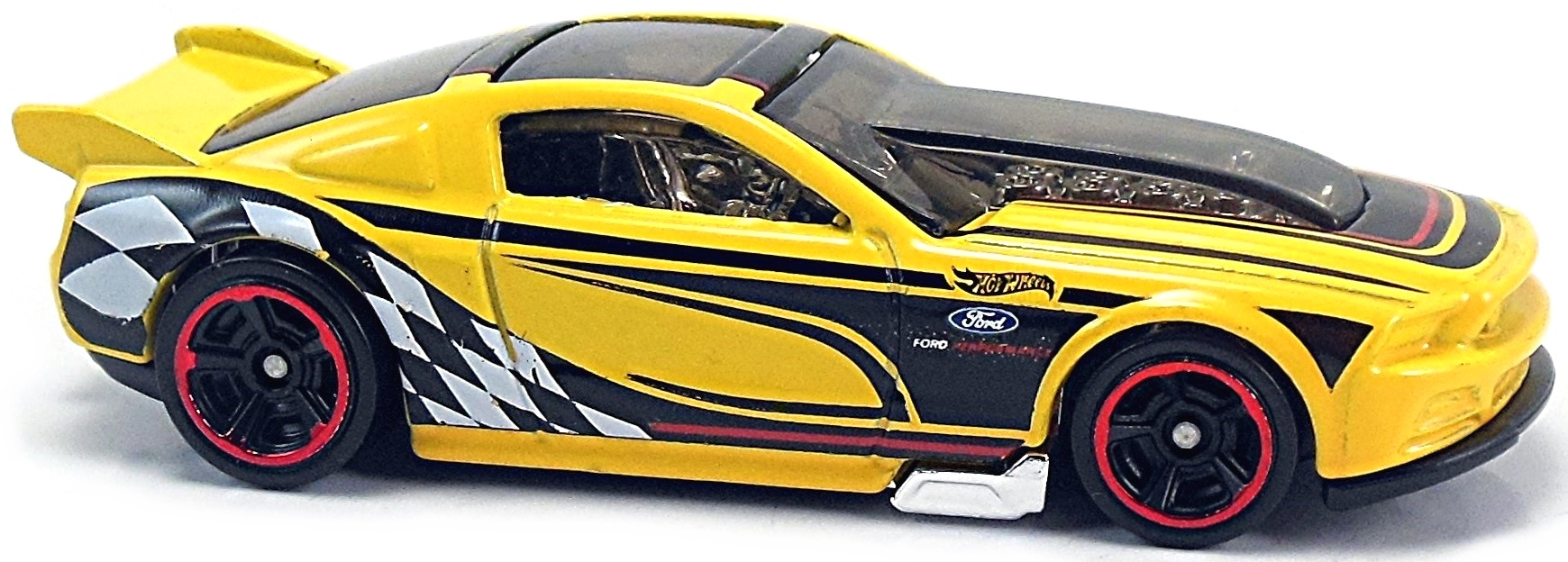 13 Ford Mustang Gt 76mm 2013 Hot Wheels Newsletter