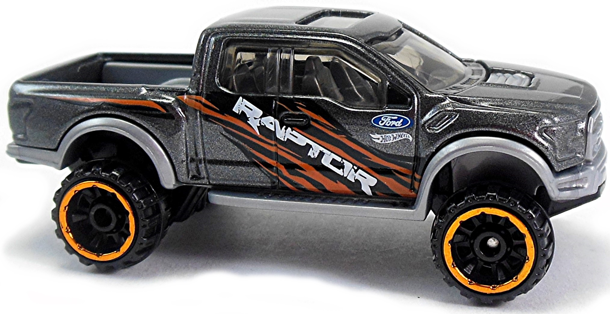 17 Ford F 150 Raptor 74mm 2016