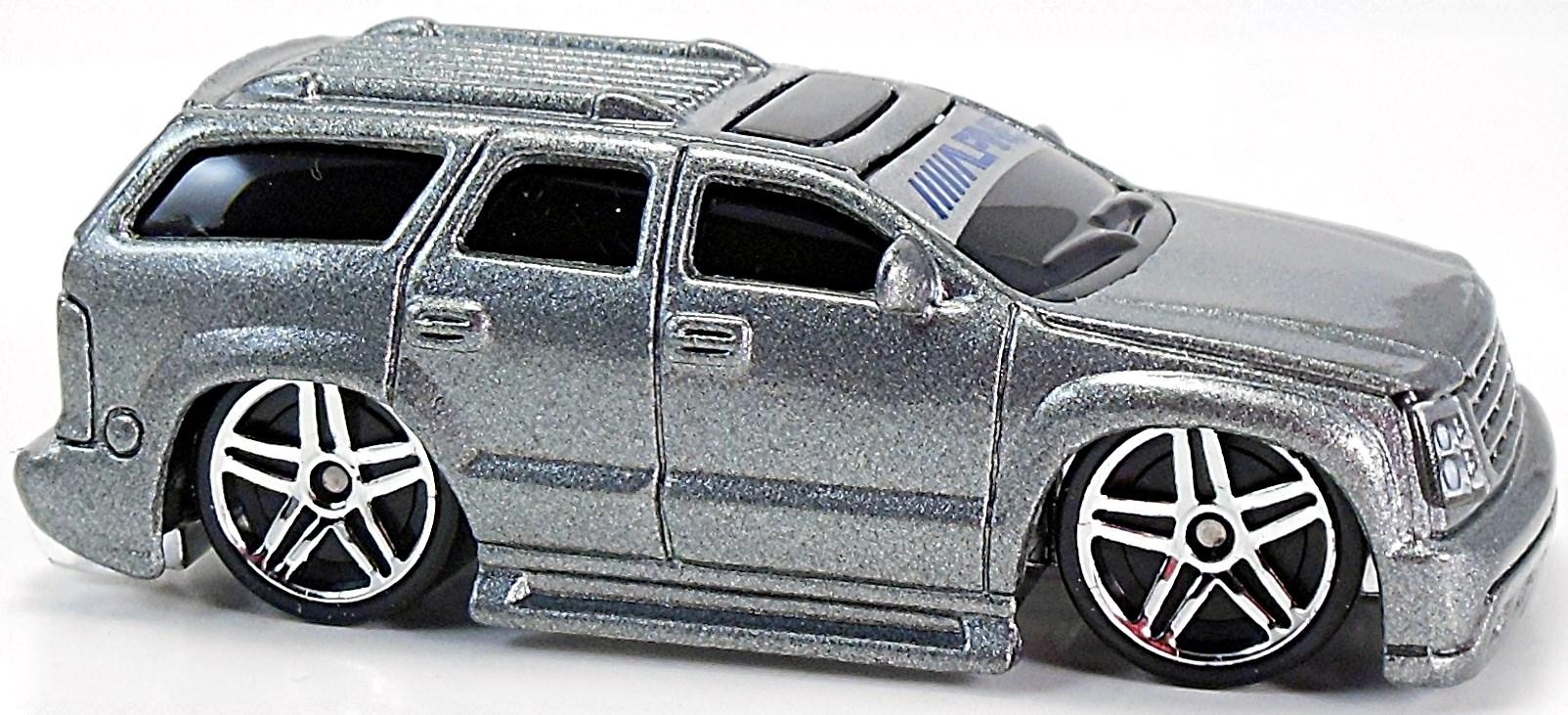 Cadillac Escalade (Blings) - 73mm - 2003 | Hot Wheels ...
