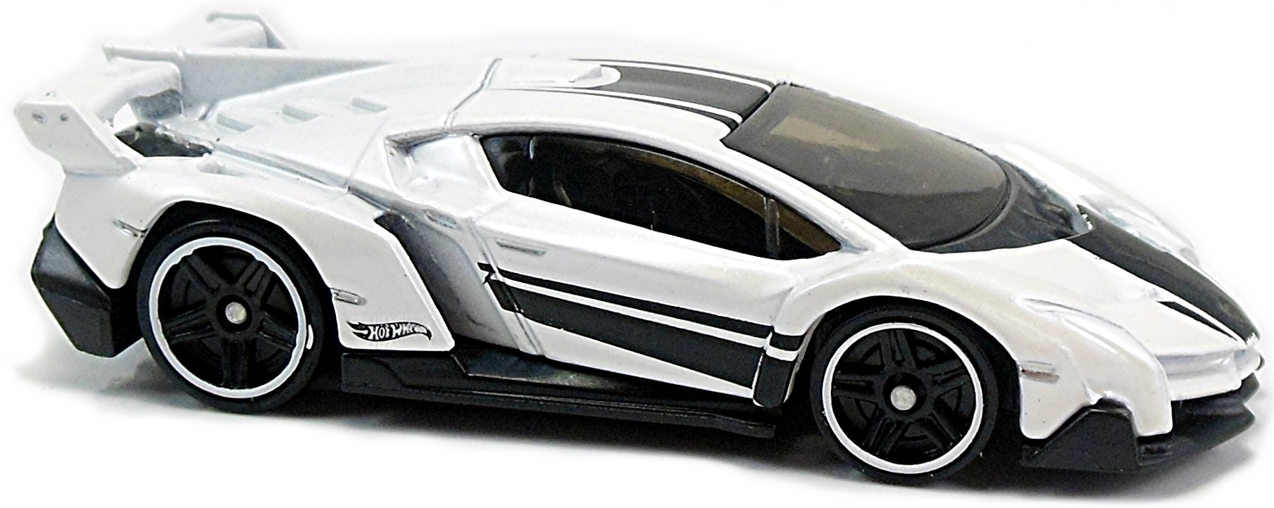 lamborghini veneno - 73mm - 2014 | hot wheels newsletter