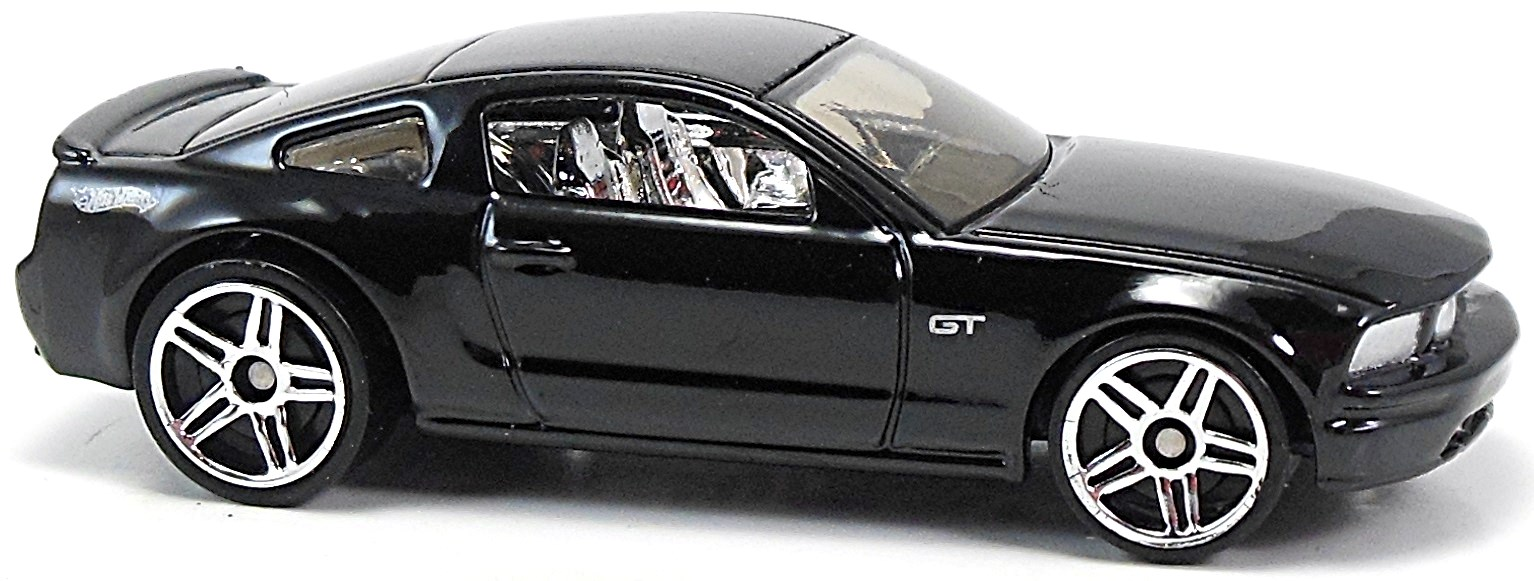 2005 ford mustang gt 74mm 2005 hot wheels newsletter. Black Bedroom Furniture Sets. Home Design Ideas
