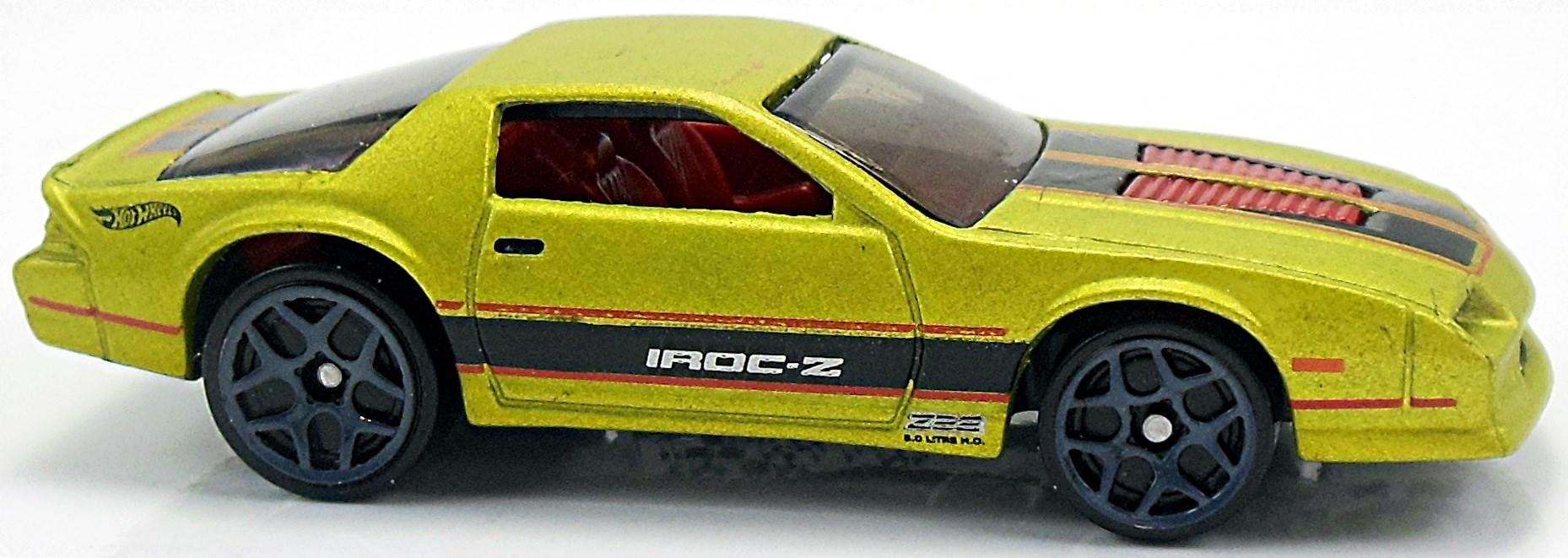 CP31 Hot Wheels Holiday Hot Rods 1985 Chevrolet Camaro Iroc-Z